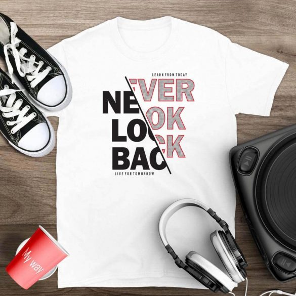 Never-look-back-mintas-polo